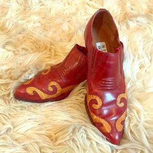 Vintage Nine West Western Booties!